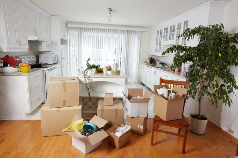 Moving during winter can save money but does present some unique challenges.